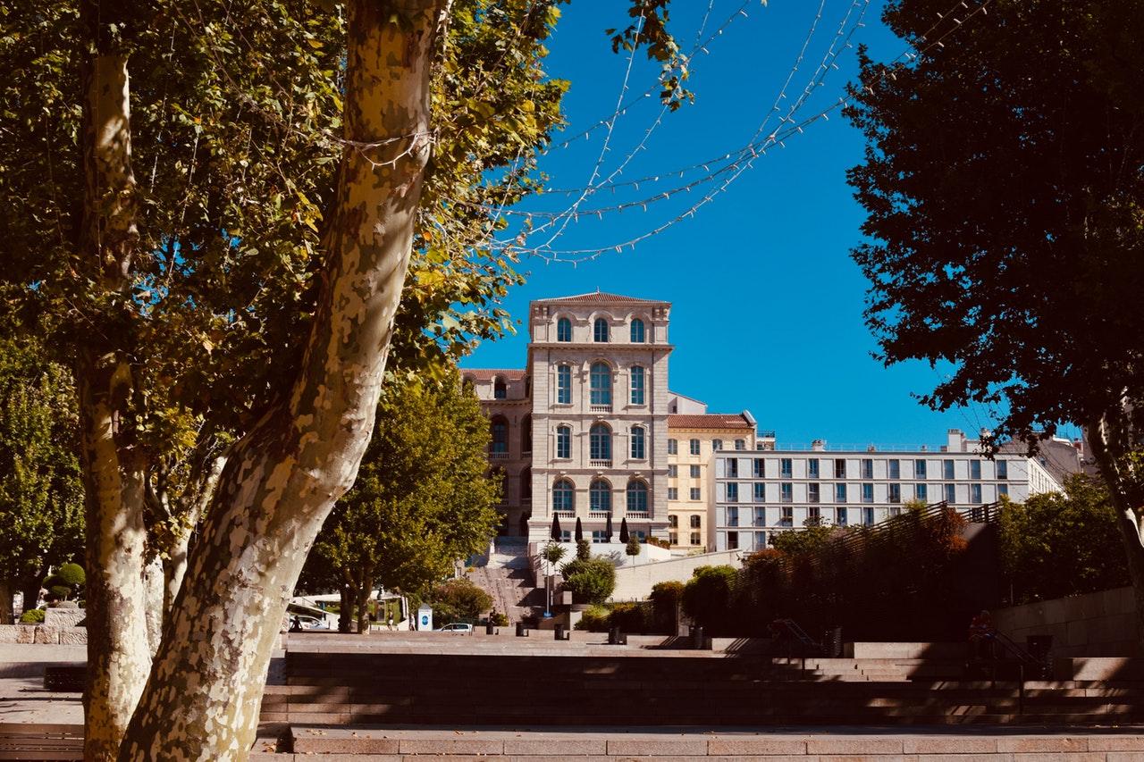 VTC Marseilleou taxi Marseille, les différences