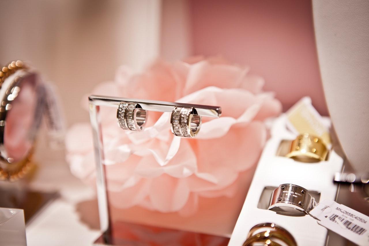 Les charms Pandora, des bijoux uniques nés d'un savoir-faire hors pair