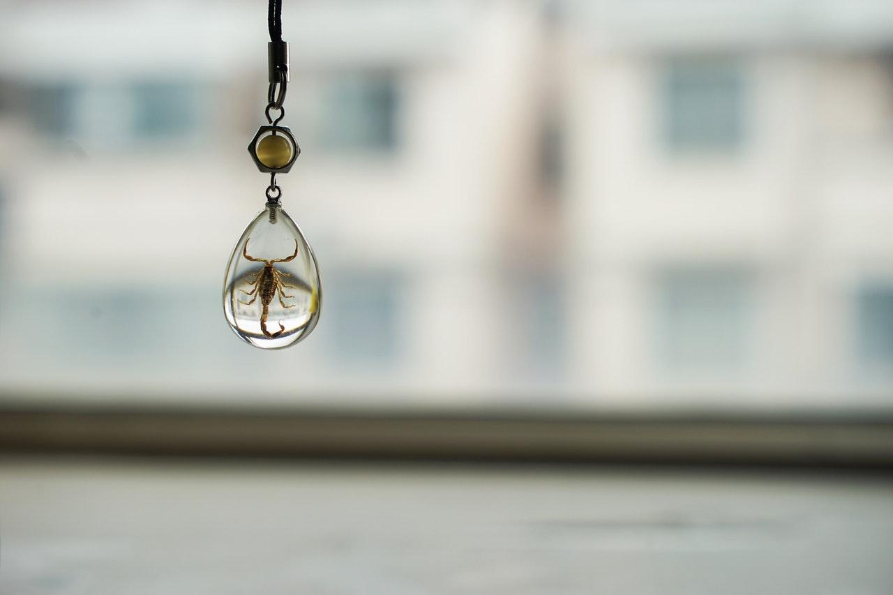 Choisir un collier cœur de l'océan